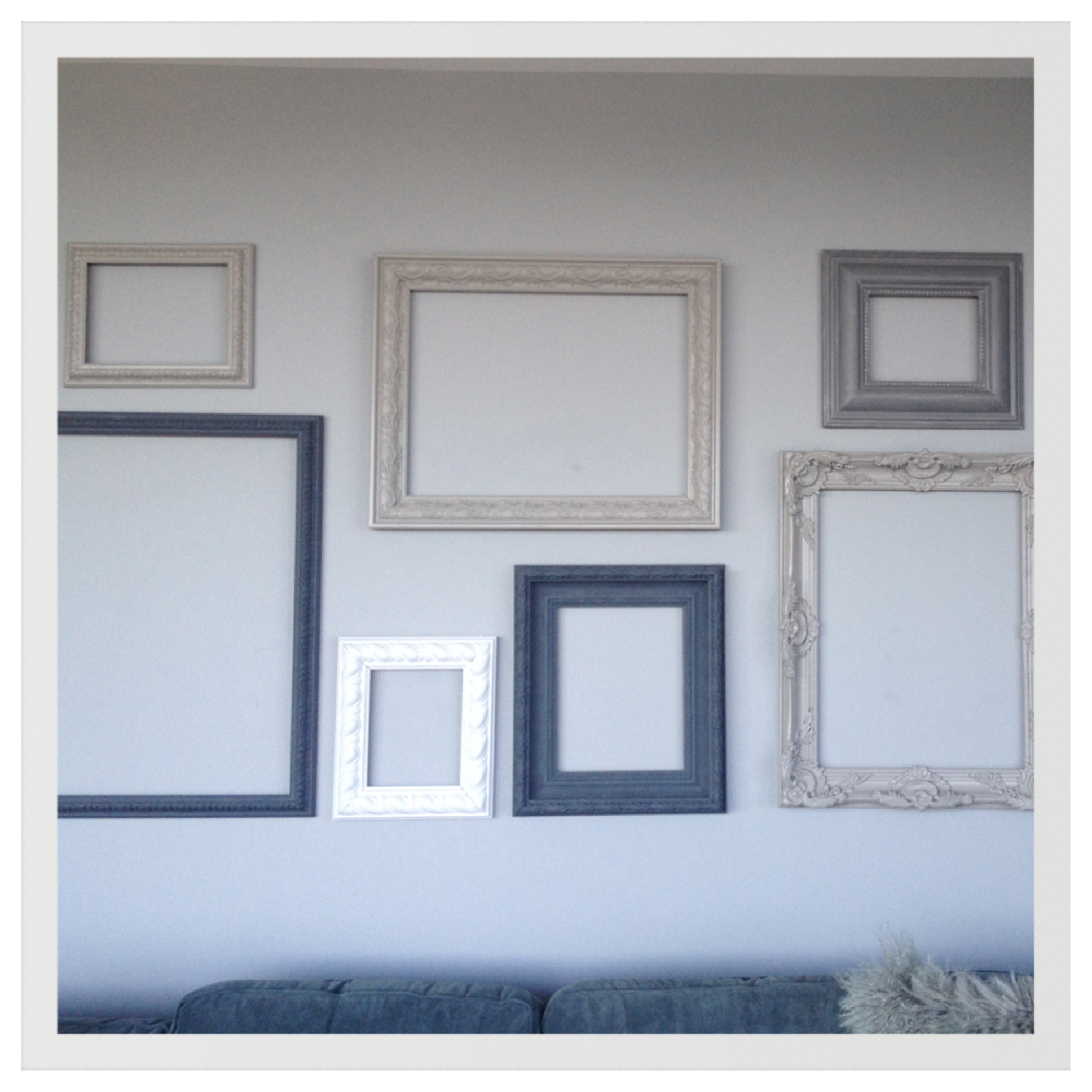 Gallery of empty frames pictures to pin on pinterest for What to do with empty picture frames